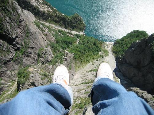 Abierta de piernas y mostrando mi culo - 1 part 7